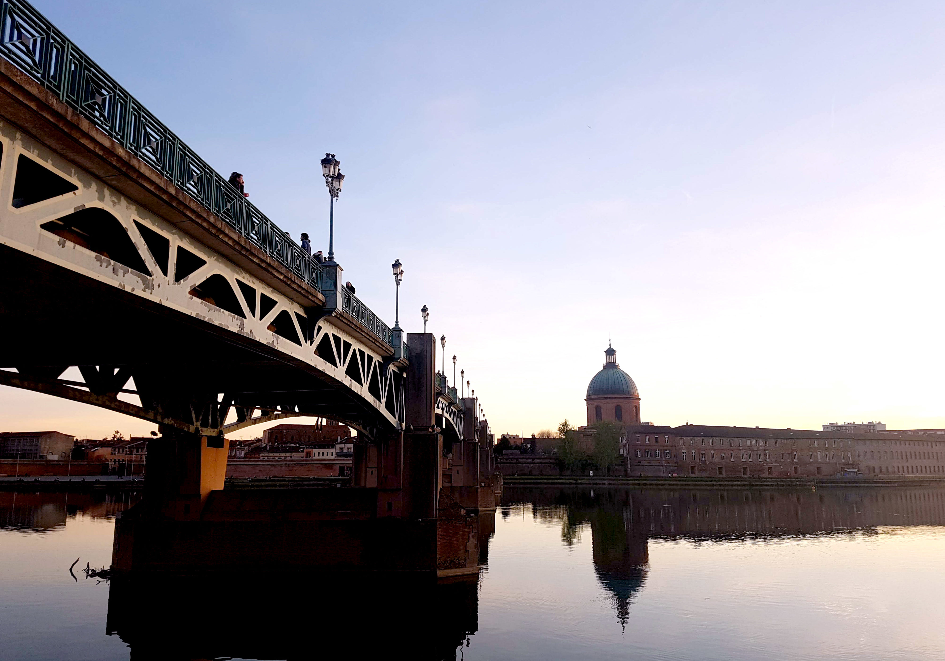 Le Pont Neuf, Toulouse, France